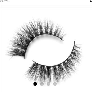 Lilly Lashes Makeup - NIB Lilly Lashes 'Doha' Mink Reusable Lashes